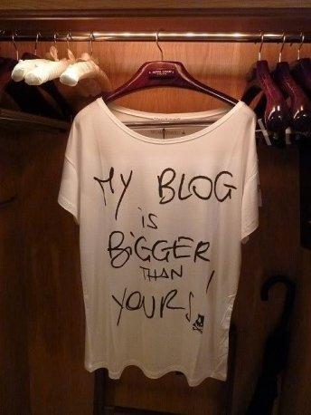 blog-closet-t-shirt-Favim.com-147492
