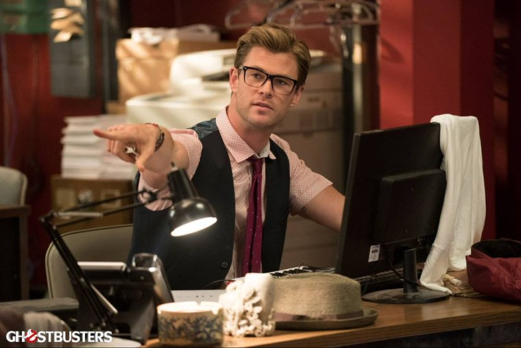 3000858-ghostbusters-chris-hemsworth