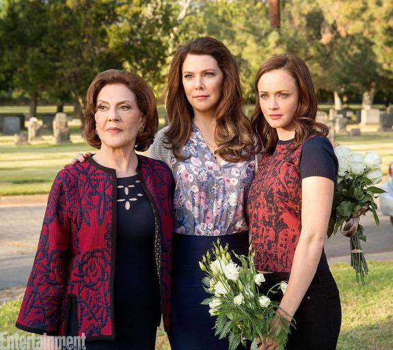 gilmore-girls-revival-photos-netflix-cemetary