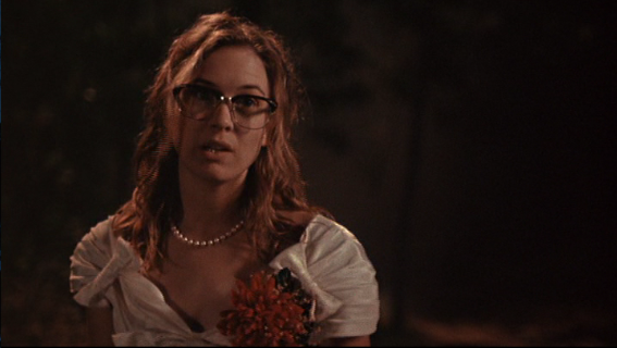 Renecc81e-zellweger-texas-chainsaw-massacre-the-next-generation-nerdy-glasses